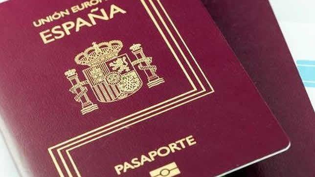 Primer Pasaporte Español