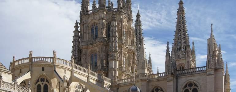Conseguir cita previa para alta demanda de empleo en Burgos por Internet o físicamente.